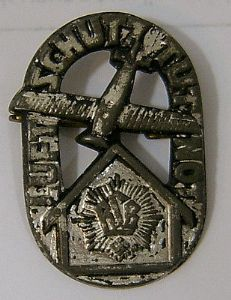 German Pin Badge - Anti-Aircraft Defence Force - WWI Luftschutz